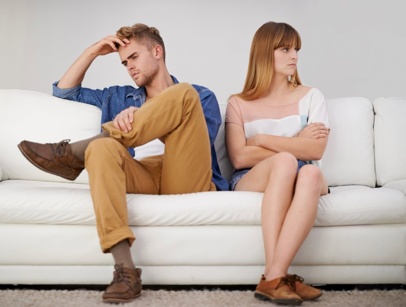 signs of a failing relationship